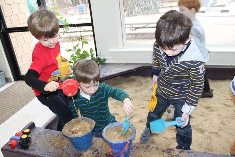 Una Stanza Piena Di Paglia E Sabbia Portale Bambini