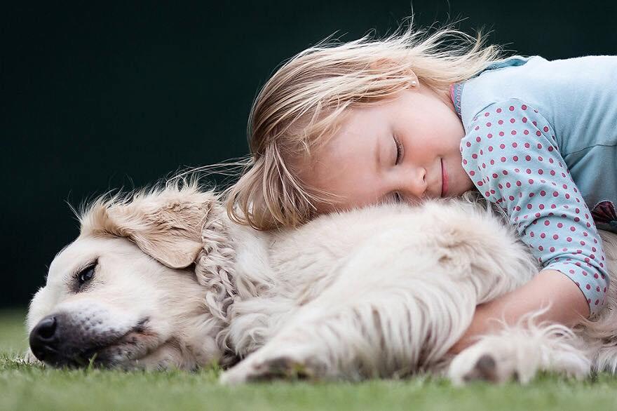 amore animali bambina