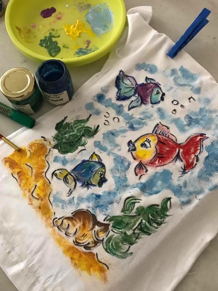 3214d0049a Dipingere su stoffa: come fare e quali colori usare | Portale Bambini