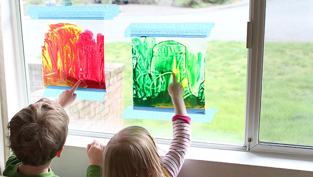 Pittura su vetro senza sporcare con i sacchetti di plastica